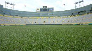 800px-View_of_Lambeau_Field